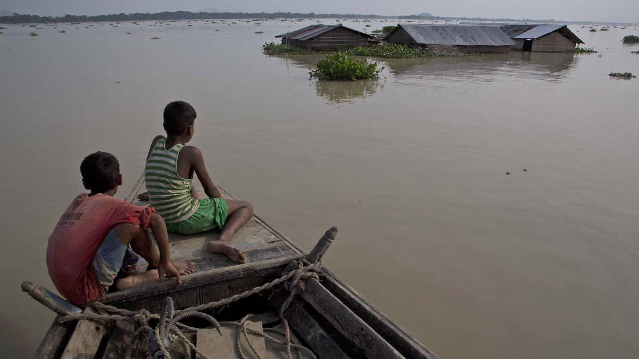 700 Feared Dead As South Asian Floods Pour Downstream — Red Cross