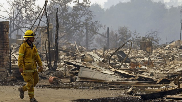 The Daily Cut: California fires | Iran on US | Clean Power Plan | Trump on immigration | Nobel in Economics