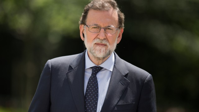 The Daily Cut: Catalonia autonomy | New NZ government | Venezuela governors | Afghanistan attacks | Hamas rejects disarmament