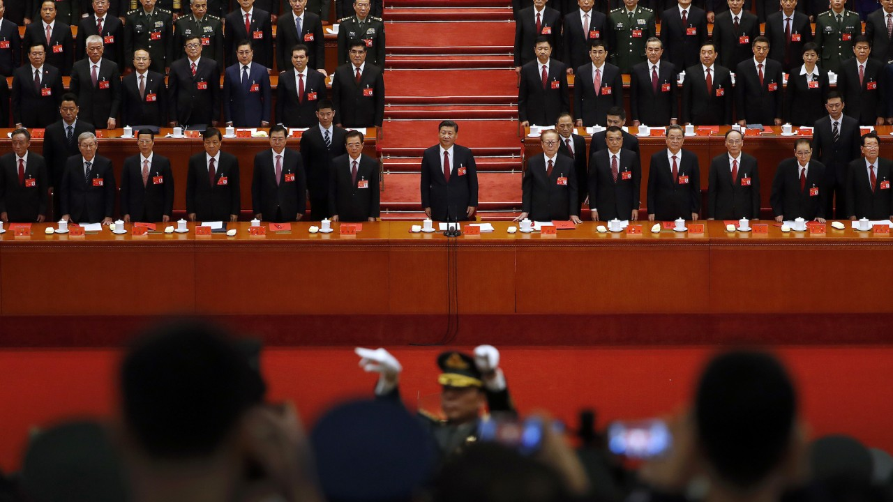 Is Chinese President Xi amassing power? Media reporting with drama instead of facts.
