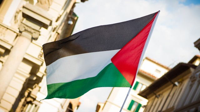 Palestinians say they'll suspend communication with the US if PLO diplomatic mission closes