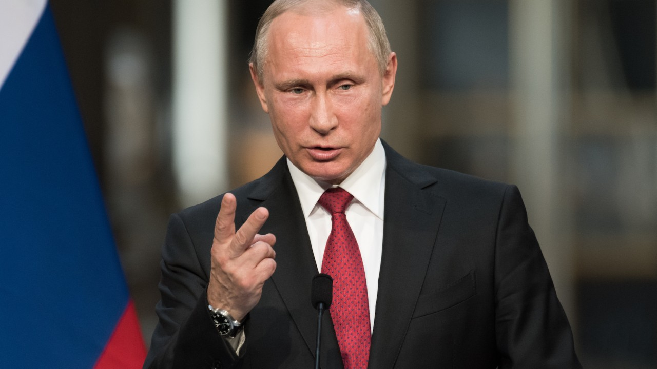 Putin announces he will run for re-election