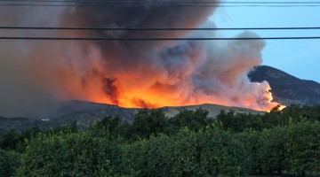 California's Thomas wildfire has burned 242,500 acres; one firefighter dead