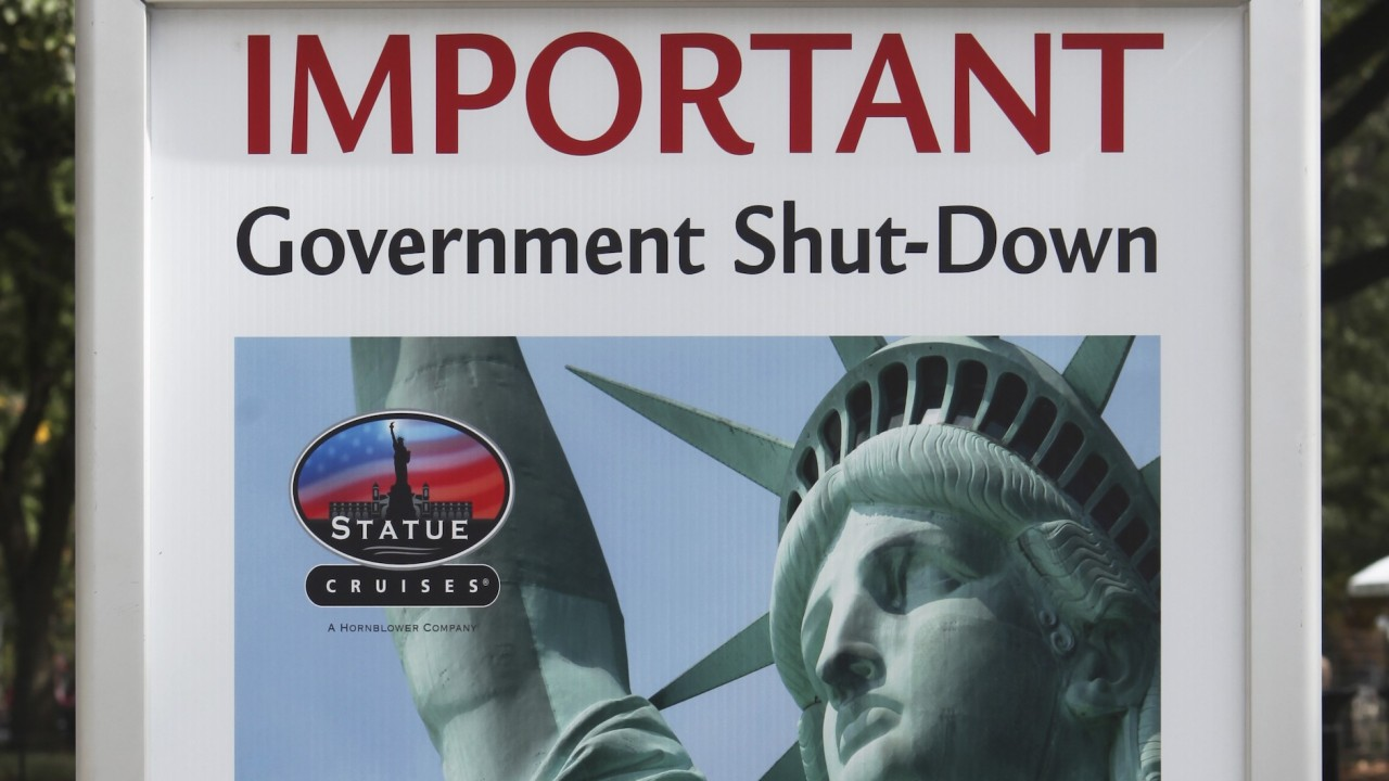 US government 'shutdown' continues into third day