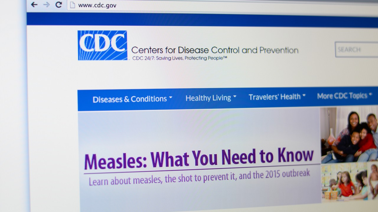 CDC director resigns over investments