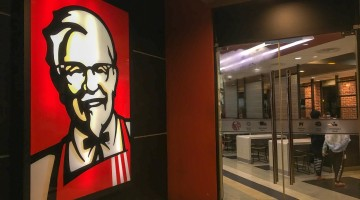 KFC temporarily closes more than 560 UK restaurants after chicken shortage