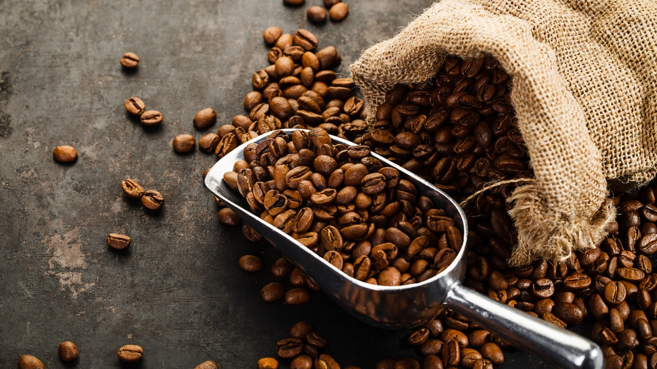 Coffee 'must have cancer warnings'
